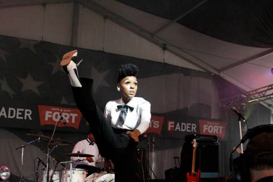 PageImage-502719-2875774-JANELLEMONAE